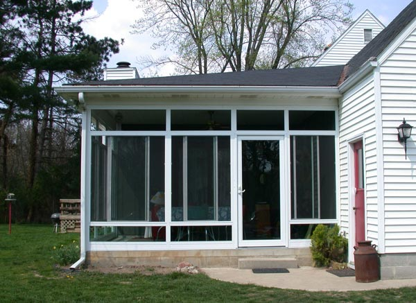 convert screen room to sunroom after