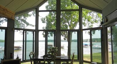 lake house sunrom