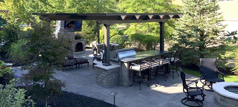 creating outdoor oasis